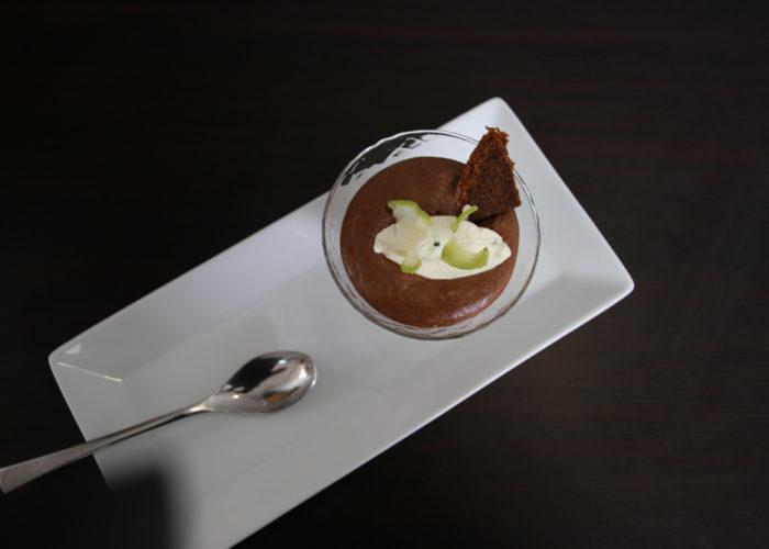 Mousse chocolat créme citron vert et menthe de l'équipe grise