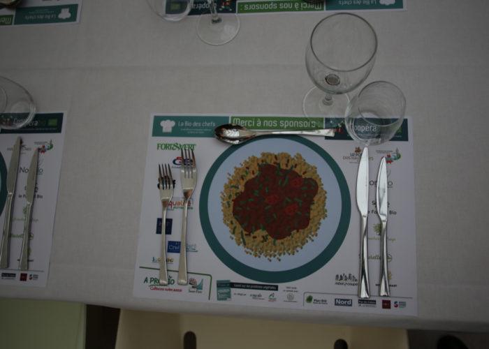 En attendant les plats