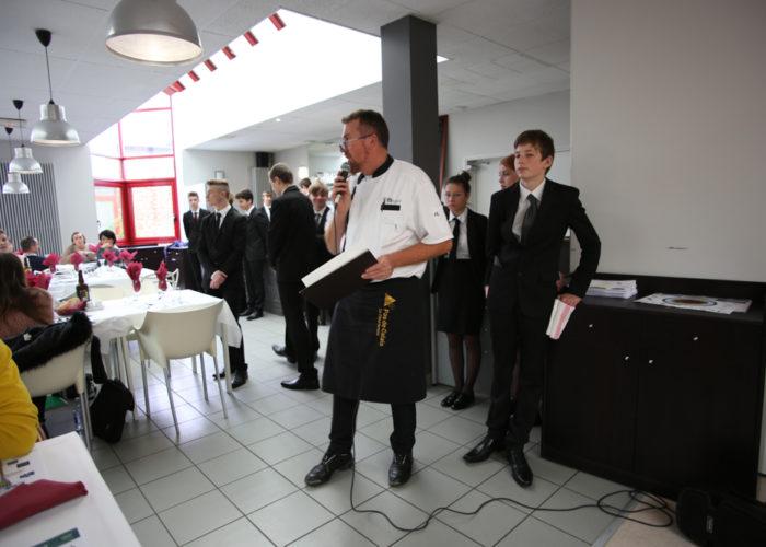 Présentation des plats par le chef Laurent MALOLEPSKY